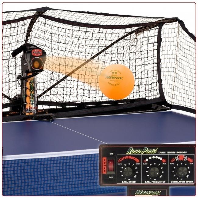 Table Tennis Robot robo pong 2040 close up shot
